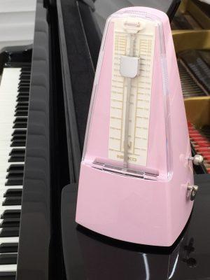 ピアノ教室のメトロノーム